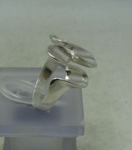 Stylish Sterling Silver Ring Solid 925 Neuf Taille 3.5-10 EMPRESS