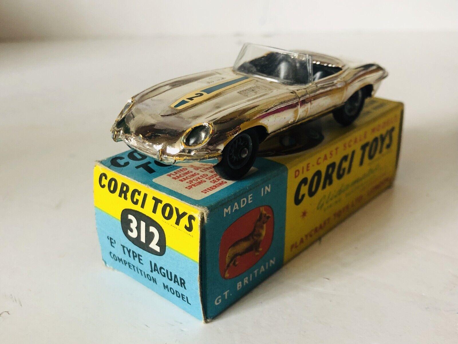 Corgi N° 312 Jaguar E Type Competition Model Con caja original