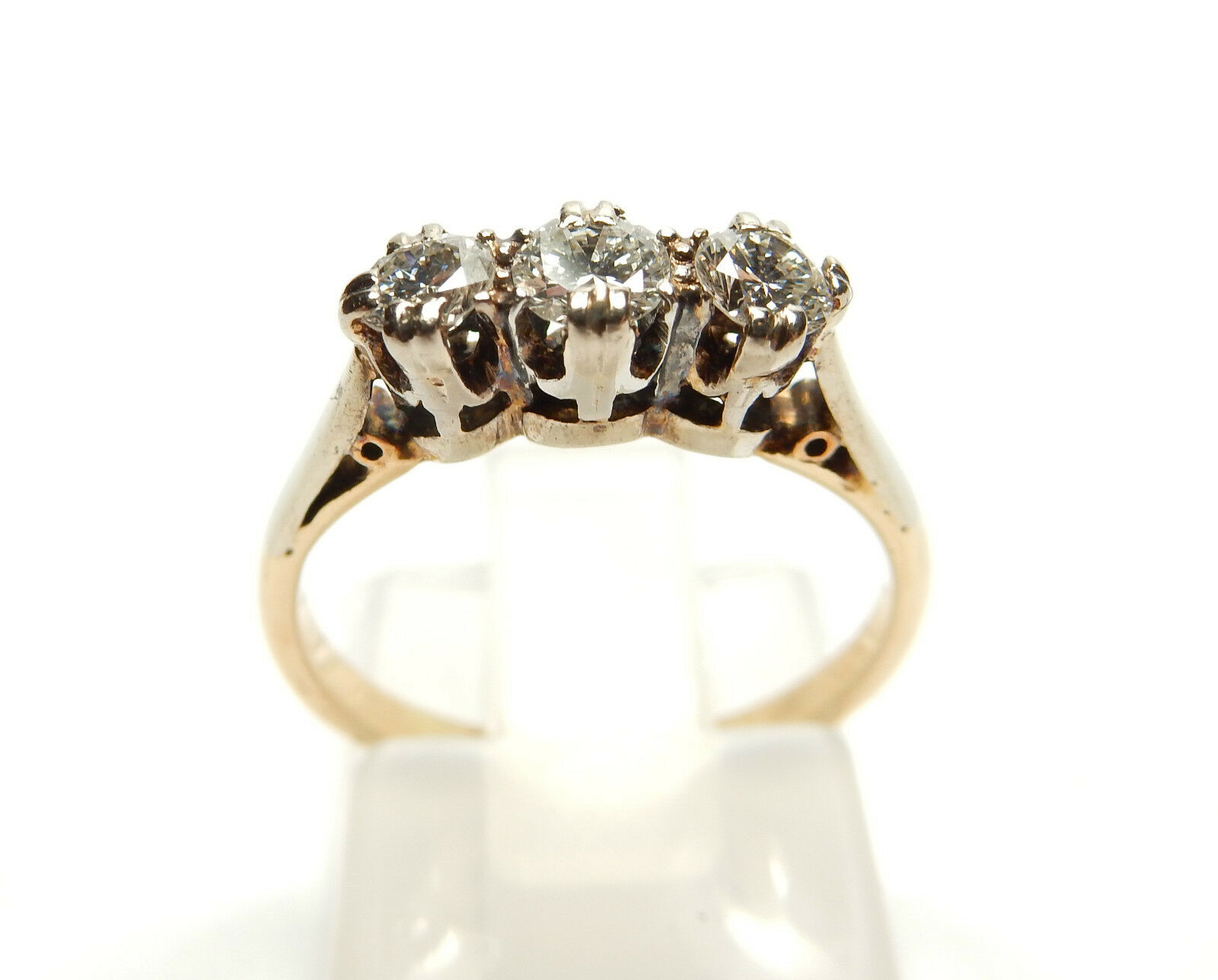 VINTAGE VINTAGE VINTAGE 3 Pietra 18 KT oro E PLATINUM anello di diamanti 0.30 KT 6df82e
