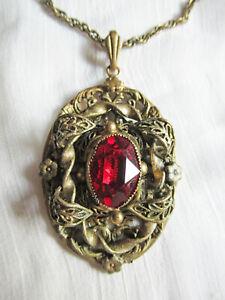 Vintage-Czech-Art-Nouveau-Deco-Red-Stone-Filigree-Pendant-Necklace