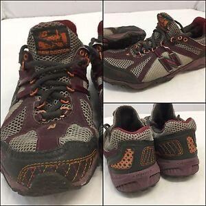New Balance 800 Size 7.5 Womens Gray Burgundy Running Shoes EUC M4U