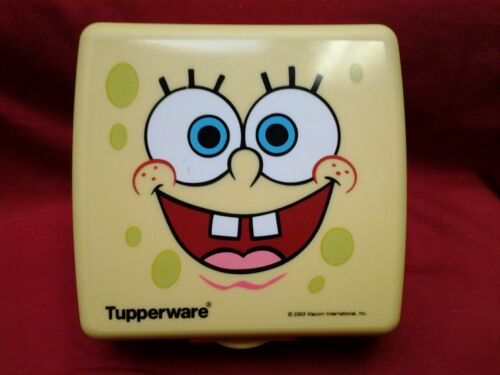 23 Tupperware 2003 Sponge Bob Sandwich Keeper with Flip Top