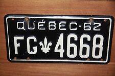1962 QUEBEC , Canada License Plate   ** '62 QB *** Fleur d'leis
