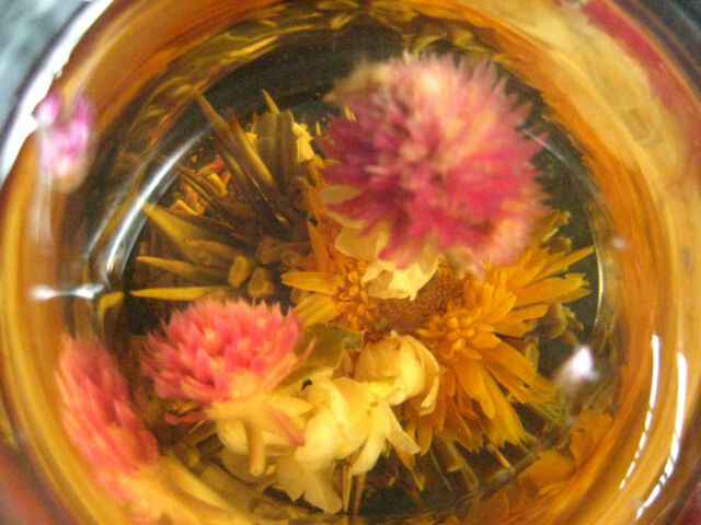 Chinese Blooming Flower Green Tea Ball Beautiful Special Enjoy Artistic