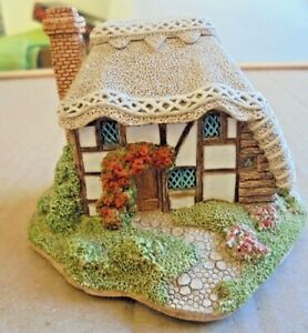 LILLIPUT-LANE-505-STRAWBERRY-COTTAGE-STEYNING-SUSSEX-ENGLISH-COLLECTION