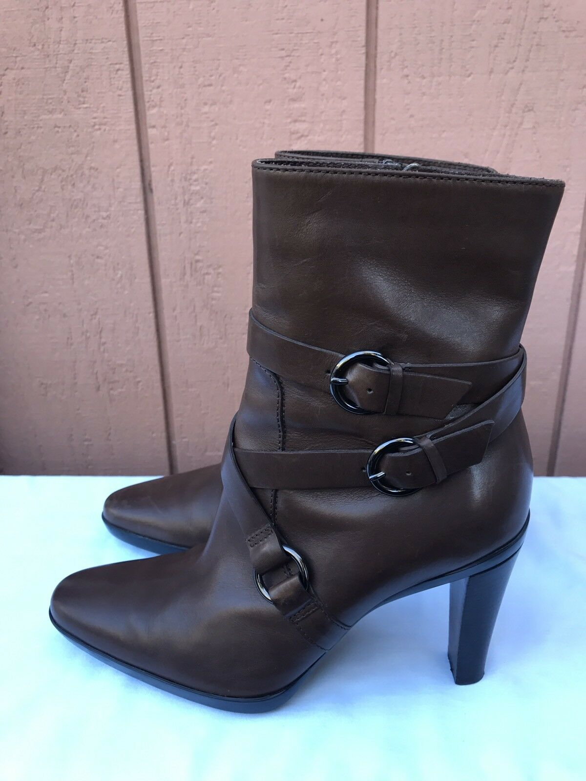 EUC TOD'S JILL Brown Leather Buckle Strap Stacked Heel Mid Calf Boot US 7