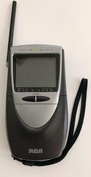"""Betrouwbaar Vintage Rca 2.5"""" Active Matrix Retro Portable Tv Hand-held Vhf Uhf Model L2501 Een Verrijkt En Voedingsstof Voor De Lever En De Nieren"""
