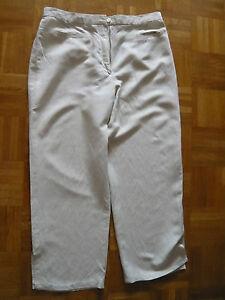 Damen-Hose-Leinenhose-Caprihosevon-Cavita-beige-Groesse-42