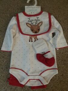 NWT-Baby-Girl-Christmas-Reindeer-4-Piece-Outfit-Size-3-months-Socks-Bib-CUTE