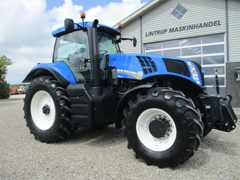 New Holland, T8.390 TerreGlide & 6ton frontlift, timer