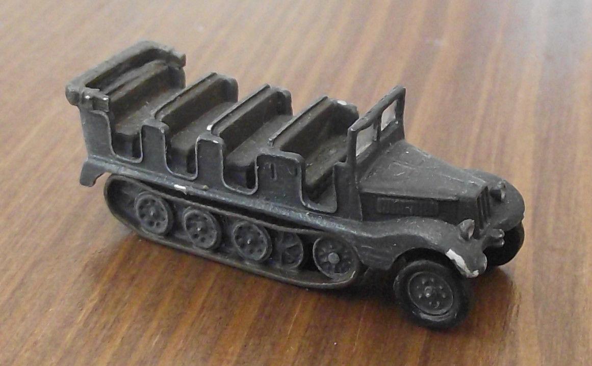 WH Metall Modelle 1 160.   SdKfz 11 offen.    grey. Feinst bemalt.