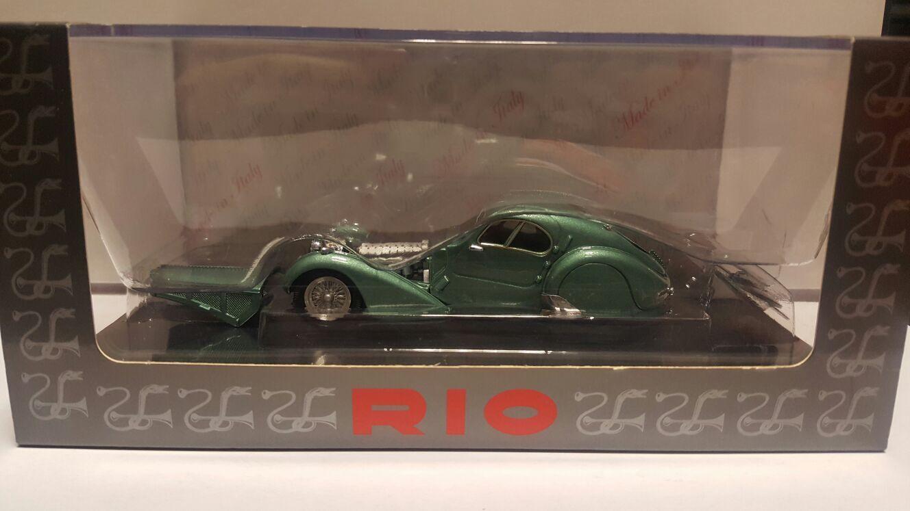 Bugatti Atlantic 57 SC 1938 verde met. 4313   Rio Made in