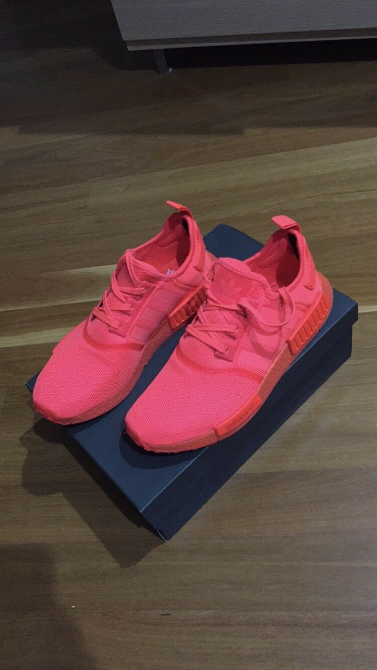 Man's/Woman's Adidas NMD Clearance price New style Tide shoes list