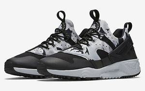 online store 2a34e ecb49 Image is loading NIKE-Air-Huarache-Utility-Size-12-Grey-Black-
