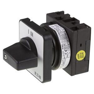 EIN-AUS-Schalter-Einbau-1-polig-6-5kW-20A-Eaton-067352-T0-1-8200-E