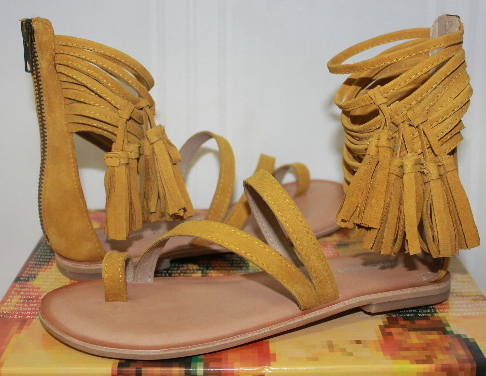 Jeffrey Campbell Glady mustard yellow suede Sandale New With Box
