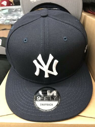NEW YORK YANKEES AUTHENTIC COLLECTION NEW ERA 9FIFTY NAVY OSFM SNAPBACK HAT NWT