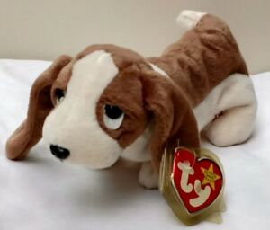 fdc24cc81a2 TY Beanie Baby ERROR TRACKER Dog w  ERROR RETIRED 1997 1998 FREE USA ...