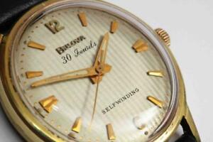 1967-vintage-Bulova-Automatic-30-Jewel-men-039-s-wristwatch-w-Striped-Dial