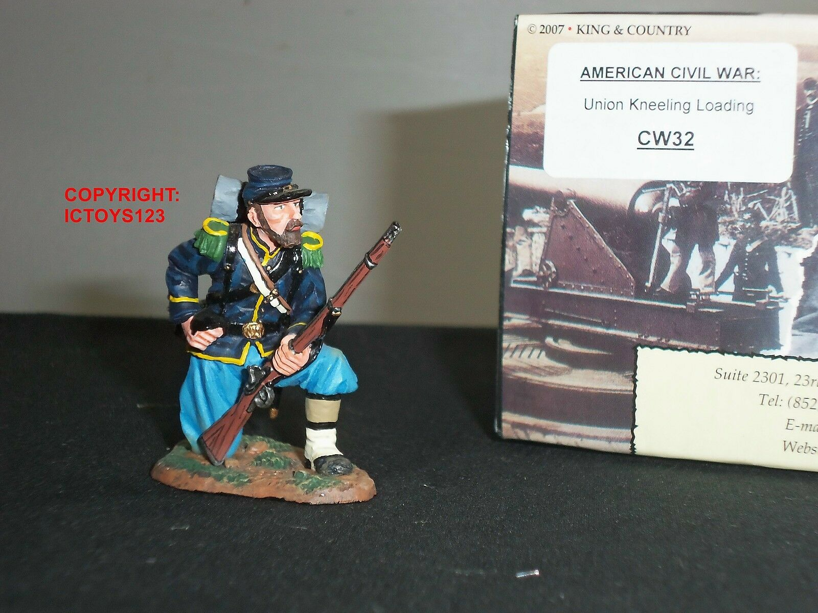 KING AND COUNTRY CW32 AMERICAN CIVIL WAR UNION INFANTRY KNEELING LOADING FIGURE
