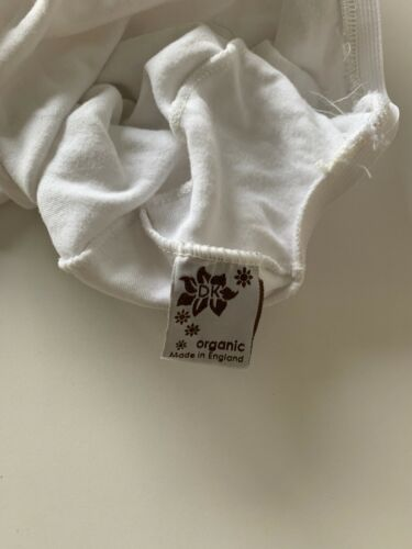 DK Glove Organic Fitted Cotton Sheet for Small Moses Basket 74x30-White
