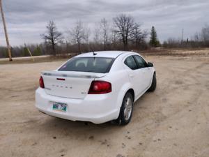 2014 Dodge Avenger. Fresh safety. Low kms