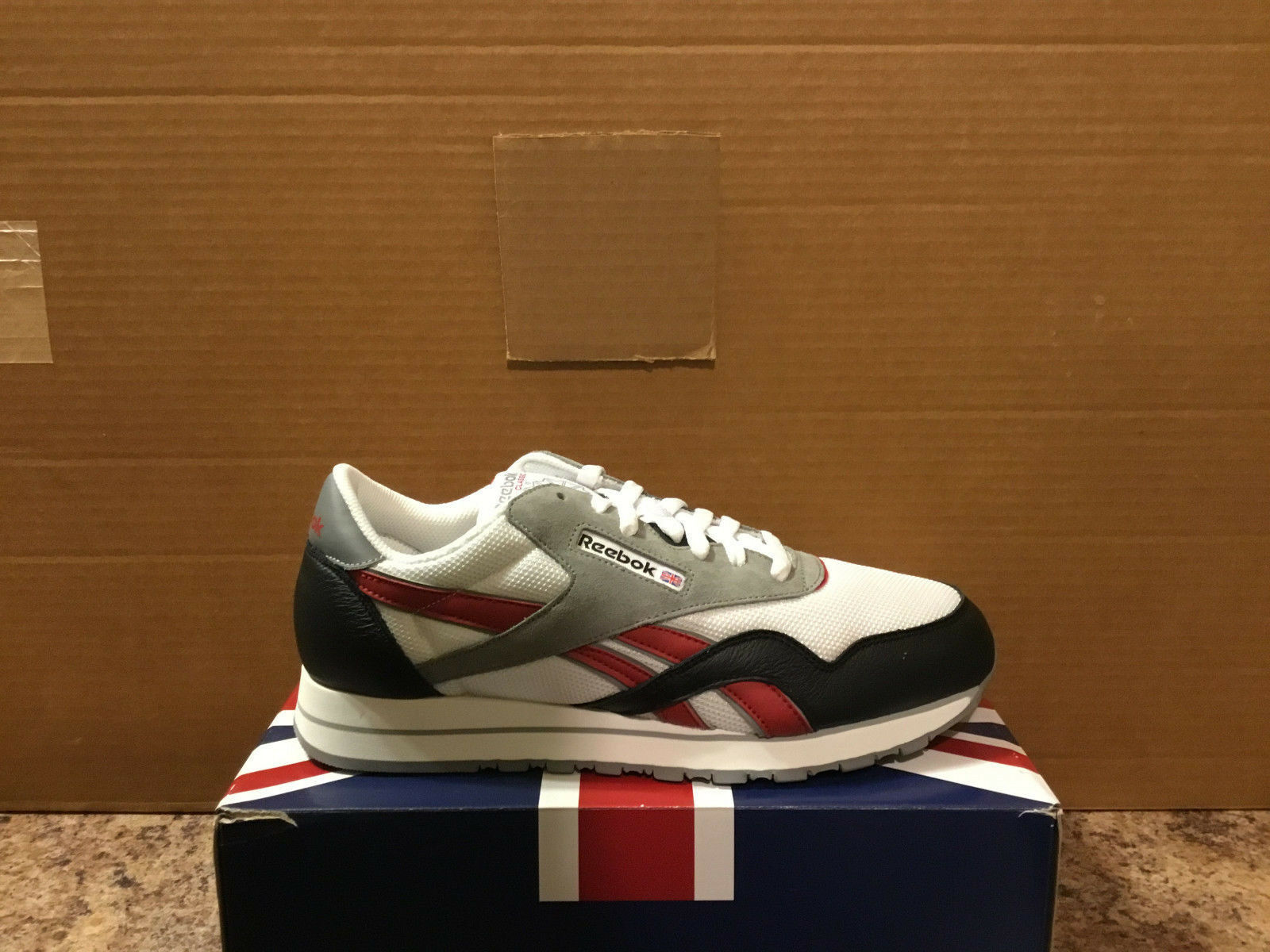 REEBOK CLASSIC BALLISTIC style228916 Homme Taille US10.5-BRAND NEW