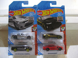 Hot-Wheels-2018-Factory-Set-MUSCLE-MANIA-Camaro-Mustang-amp-More-LOT-OF-4-CARS