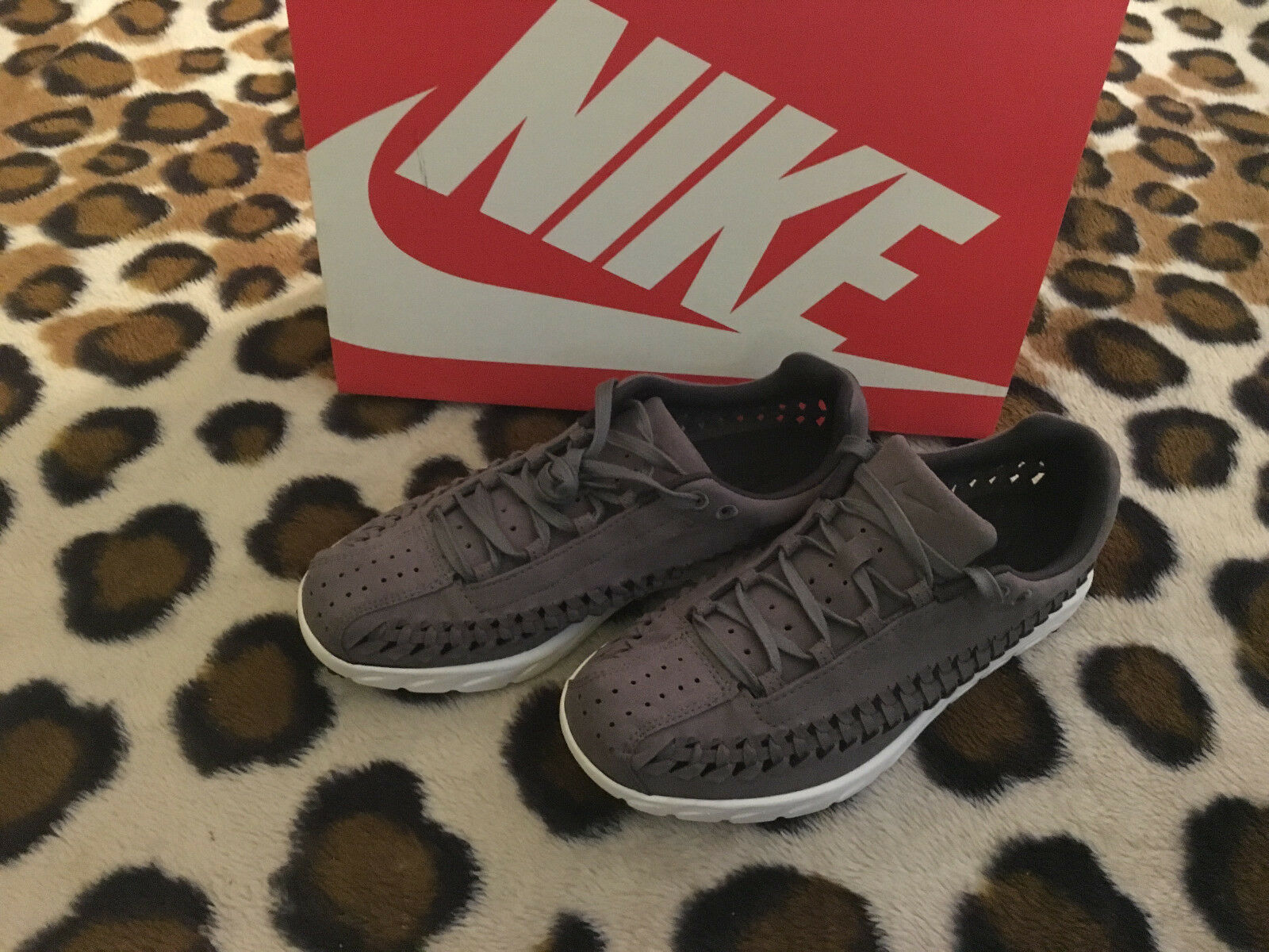 New Nike Mayfly Woven men sz 7.5 tumbled grey anthracite