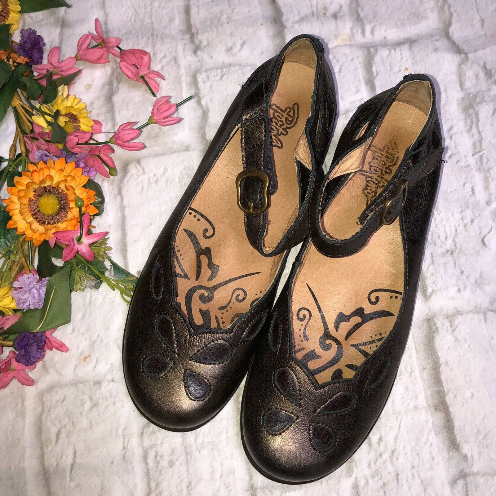Portofino 37 Comfort Bronze Cut Out Mary Janes Shoes Made in Spain 6.5/7
