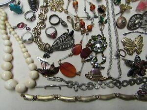 gros lot de bijoux ancien fantaisie