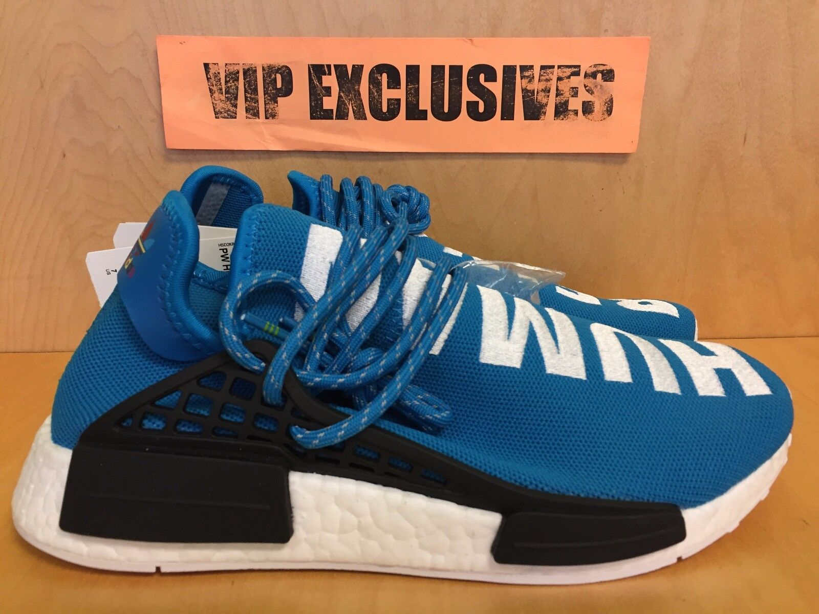 71355261a Adidas NMD Human Race Pharrell Williams bluee White PW Hu Being Nomad BB0618