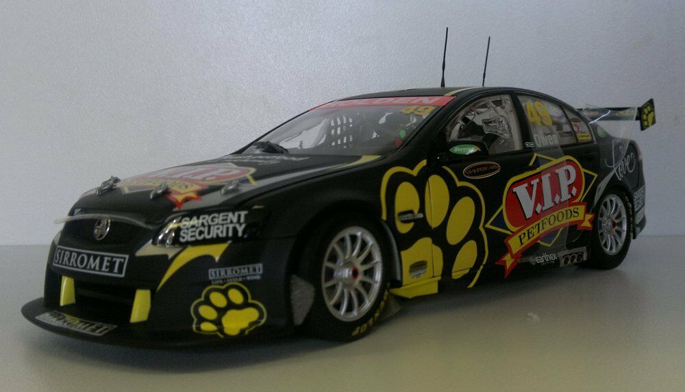 1 18 Scale Classics Steve Owen VIP Pet Foods VE Commodore V8 Supercar