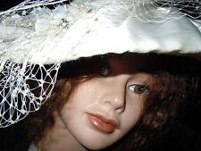 eleganter Brauthut, eleganter Sommerhut 57 cm W.Satin m. Netz u,.Blütenschmuck
