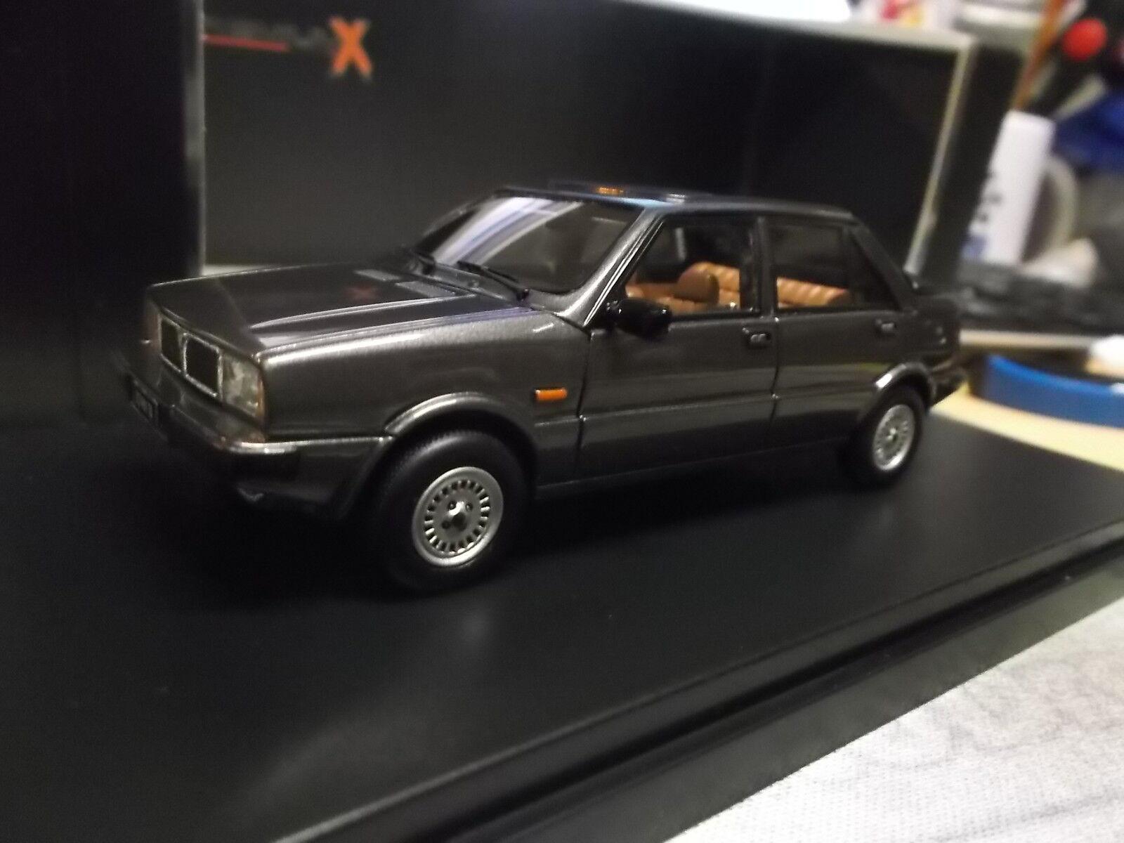 LANCIA Delta selene semi covertible CABRIOLET Dark gris 1983 premiumx IXO 1 43