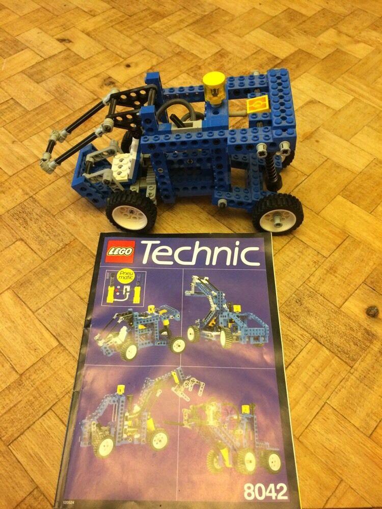 VERY RARE Lego Set  8042 (8042-1)Technic Universal Pneumatic Loader Retired 1991