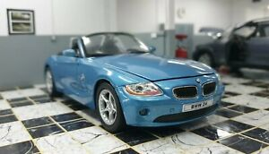 BMW Z4 3.0i 2DR Roadster Metallica Blu Scala 1/24 Welly Auto Modello Diecast
