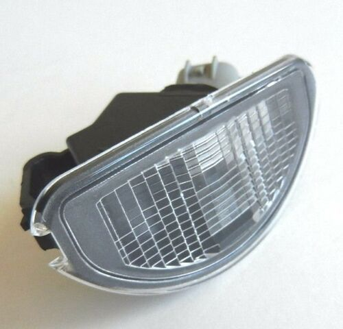 81270-0H010 TOYOTA AYGO 2005-2012 1 x NUMBER PLATE LAMPS LIGHTS OE