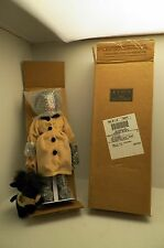 Avon Collectible Special Memories Holiday Doll Cassandra African American (D5)