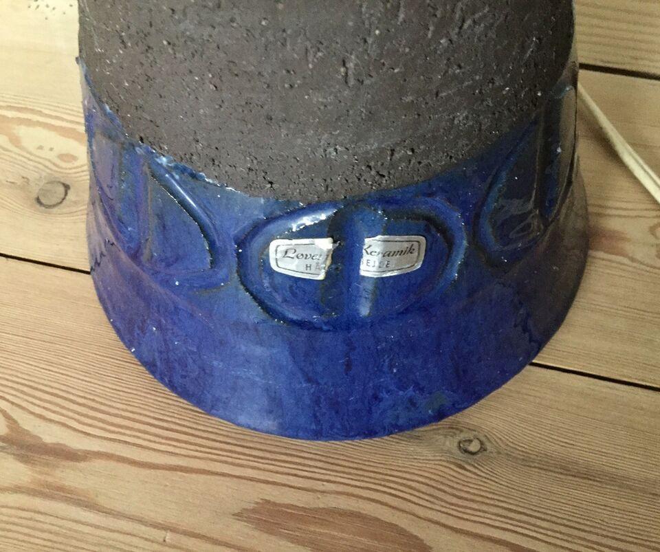 Anden bordlampe, Løvemose keramik