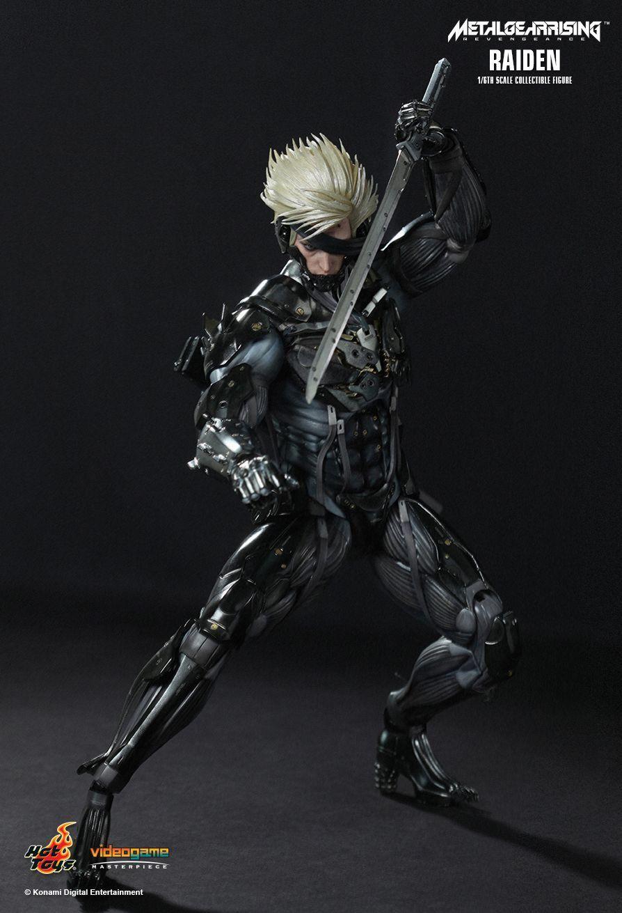 Hot Toys Statue - Metal Gear Rising Revengeance - Raiden - Figure