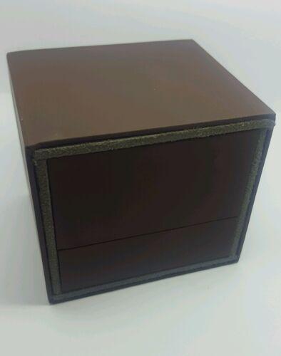Anillo De Lujo Cuero Marrón Gris sueco dentro de la caja completamente hecho a mano único