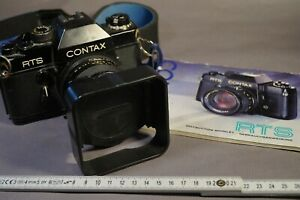 Fotoaperate CONTAX RTS, Yashica Japan mit Objektiv Distagon 2,8/35 Zeiss