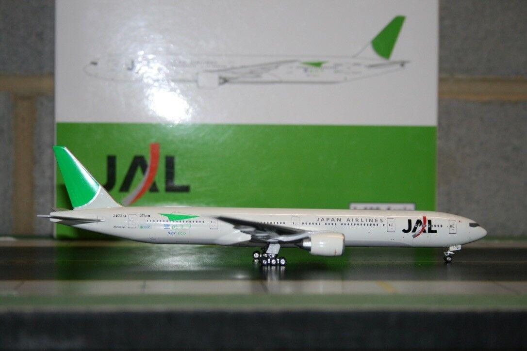 Phoenix 1 400 JAL Japan Airlines Boeing 777-300ER JA731J  Sky Eco  (PH4JAL437)