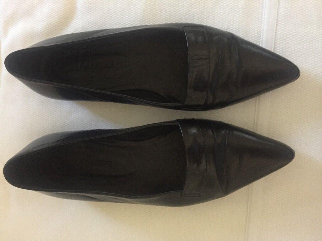 JIL SANDER cuir noir chaussures plates avec bout pointu