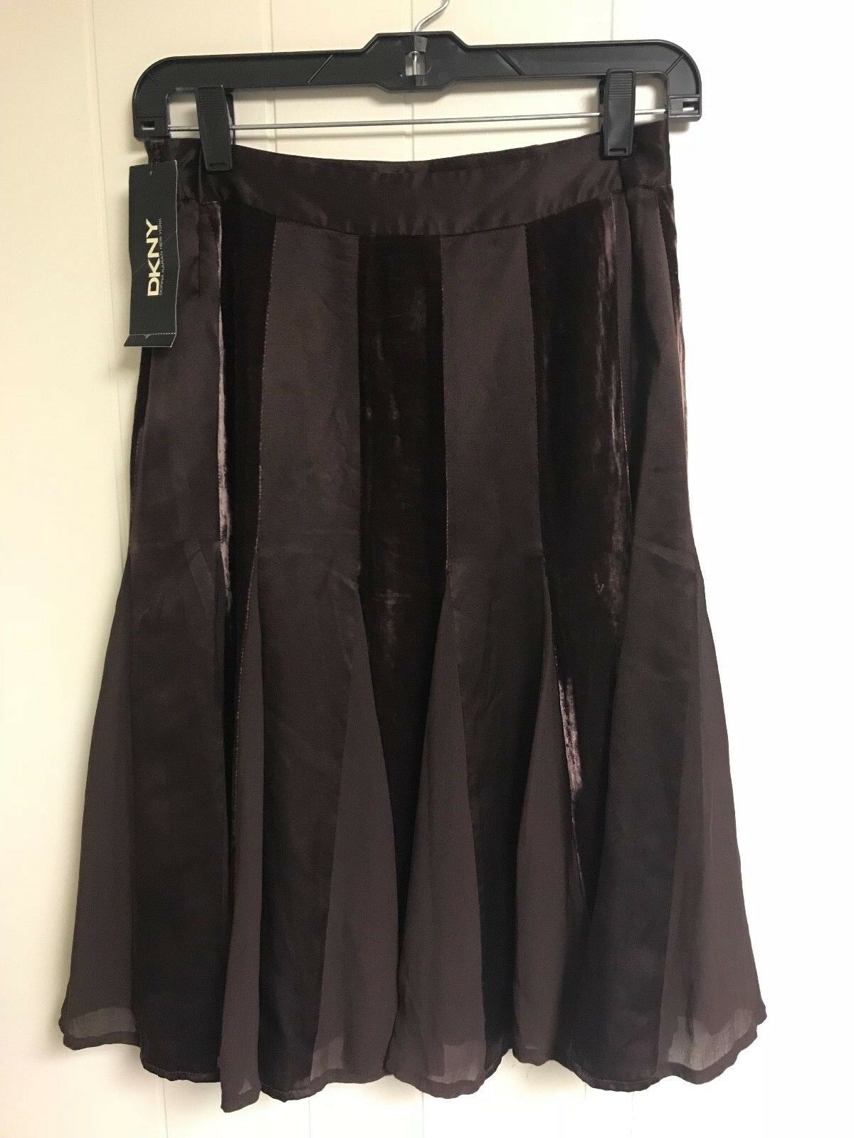 DKNY BROWN SKIRT STYLE P341772GC NEW WITH TAG