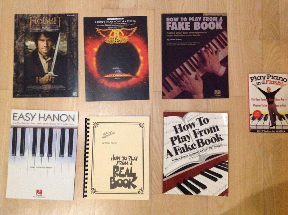 Diverse klaverbøger og noder