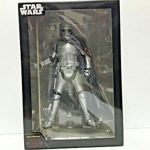 Star-Wars-Captain-Phasma-Figure-Premium-SEGA-1-10-Scale-JAPAN-Authentic-NEW