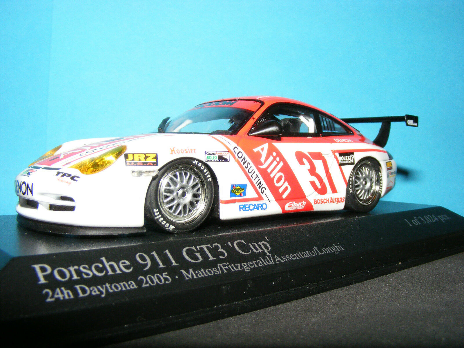 PORSCHE 911 GT 3 CUP Entrant 2005 Daytona 24 hrs. no 37 Minichamps 1 43rd.