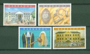 Barbados-2009-Gerichtsgebaeude-Bridgetown-Robe-Handschellen-Siegel-1169-72
